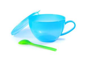 Чашка пластиковая с Ложкой 0.4л